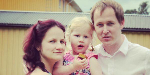 Mūsu vedēji::Līga Krista un Didzis kopā ar meitiņu Kristiānu / Foto: L&D arhīvs